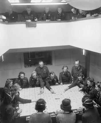 A Royal Observer Corps control centre, November 1943.