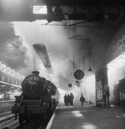 Train pulling away from platform 6 at Chester Station, sometime in 1944.