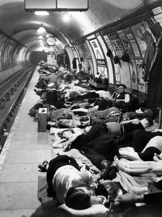 Londoners sheltering at Elephant & Castle Tube Station, 11 November 1940.