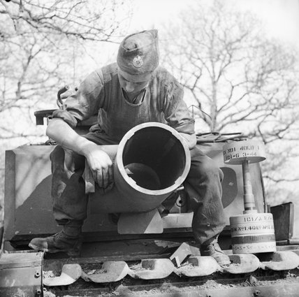 The 29cm Petard spigot mortar on a Churchill AVRE of 79th Squadron, 5th Assault Regiment, Royal Engineers, under command of 3rd Infantry Division, 29 April 1944. A 40lb bomb can be seen on the right.