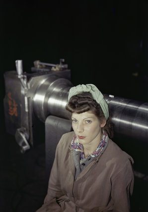 Miss M Greatorex, a war worker involved in the manufacture of 17-pdr anti-tank guns, 1943.