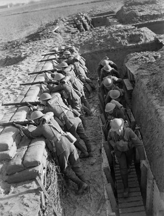 Troops from the Royal Berkshire Regiment manning trenches near Mouchin, 29 November 1939.