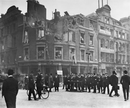 Air Raid damage on the South Western Bank in the City of London following the Zeppelin, 13 -14 October 1915.
