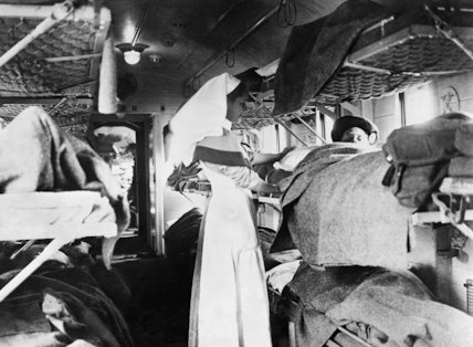 Battle of the Lys: Nurse caring for British gas-poisoned wounded on a hospital train near Bethune, 1918