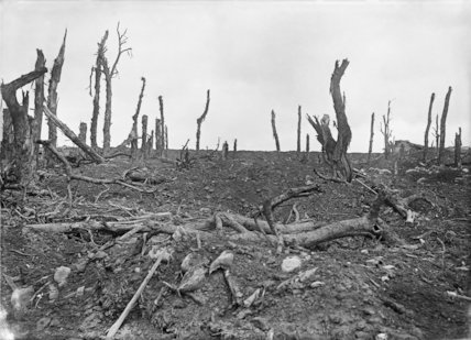Scene on the battlefield at Pozieres, Somme, 20th September 1916.