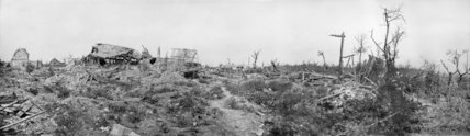 Panoramic view of the ruins in the village of Fricourt, September 1916.