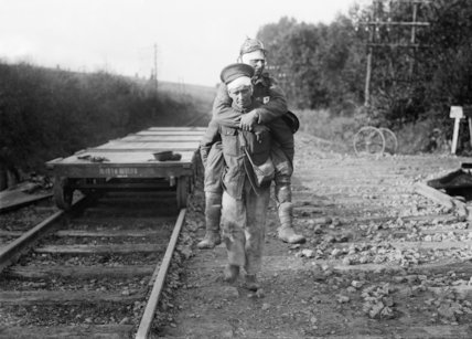 British wounded returning to the dressing station near Aveluy Wood, Somme, September 1916.