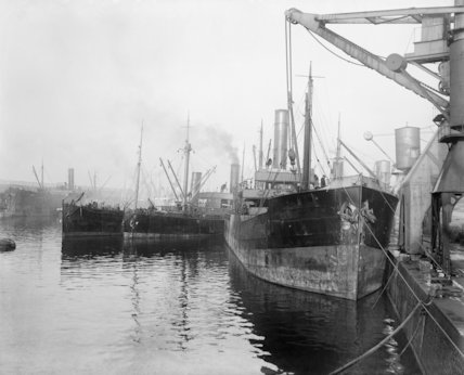 Food supply ships at Calais in March 1917.