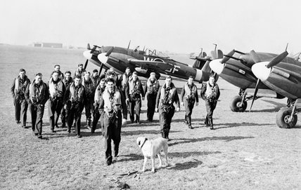 Whirlwind pilots of No 137 Squadron at Manston, 5 March 1943.