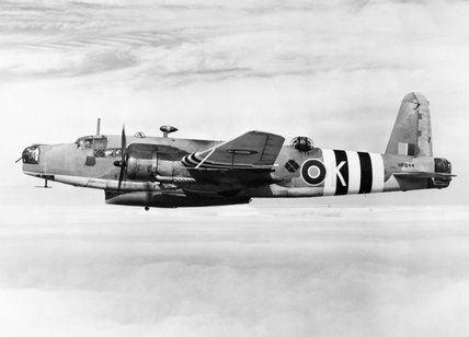 Warwick ASR Mark I, HF944  K, of No. 282 Squadron RAF.