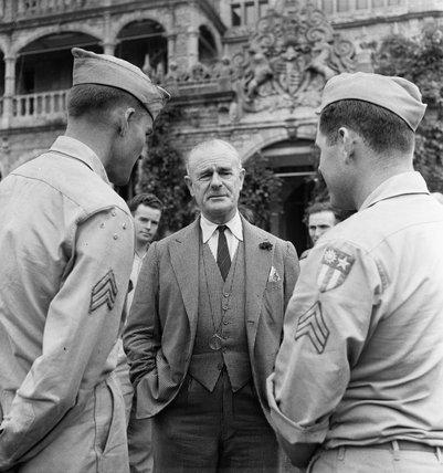 The Viceroy of India, Field Marshal Lord Wavell, meets soldiers on leave from an American special operations unit, Merill's Marauders, at the Viceregal Lodge in Simla, India, 1944