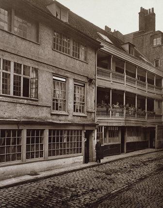 George Inn Yard, Southwark