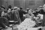 Petticoat Lane market: 1952