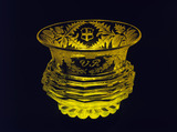 Finger bowl in Topaz glass: 1837