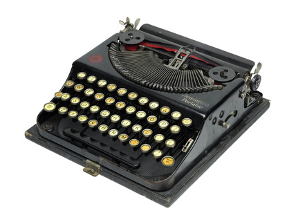 Remington portable typewriter: c.1925