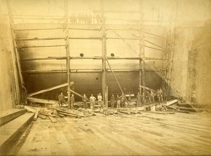 Dry dock caisson at Tilbury Docks: c.1900
