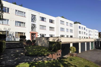 1930's style housing; 2009