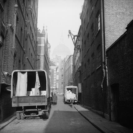 Vans unloading in the City of London: c.1950