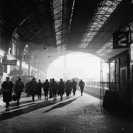 Victoria Railway Station: c.1955