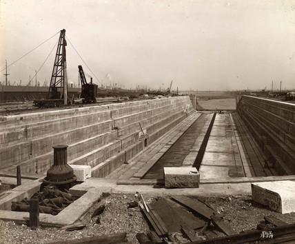 A view looking east to the dry dock and into the unfinished King George V Dock: May 1919
