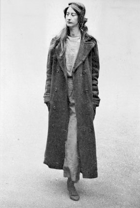 Surveillance photograph of Frieda Graham: 1914