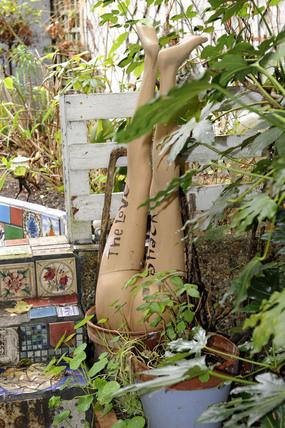 Garden sculpture on Eel Pie Island; 2009