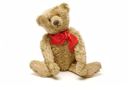 Sandy coloured teddy bear; 1906-1907