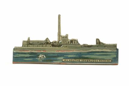 Toy Warship, 1914-1918