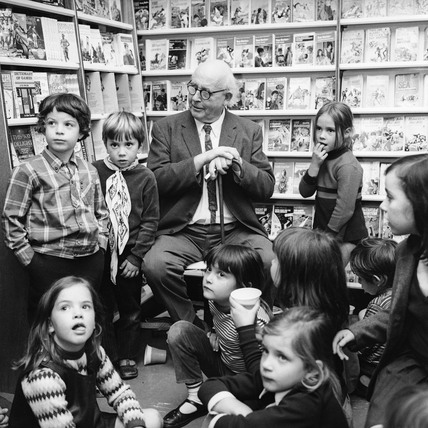 Edward Ardizzone at a book signing: c.1970