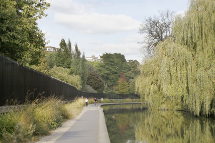 The Regents Canal; 2009