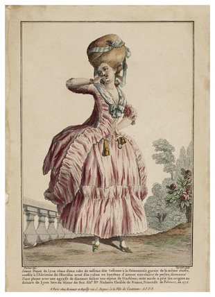 Jeune Dame de Lyon vetue d'une robe de taffetas: 1779