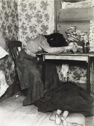 An exhausted sweated labourer; 1890-1910