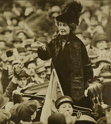 Emmeline Pankhurst addressing a crowd in New York: C. 1900