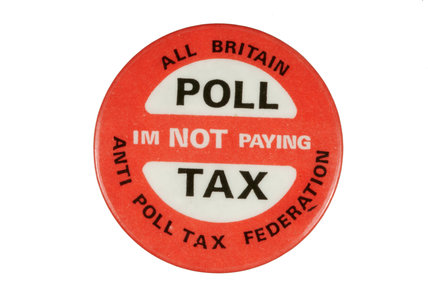 Badge with the slogan 'Poll tax - I'm not payin'