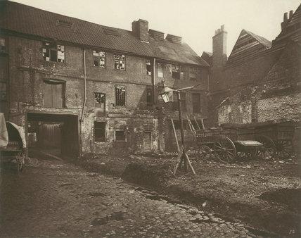 White Hart Inn yard, Southwark: 1881