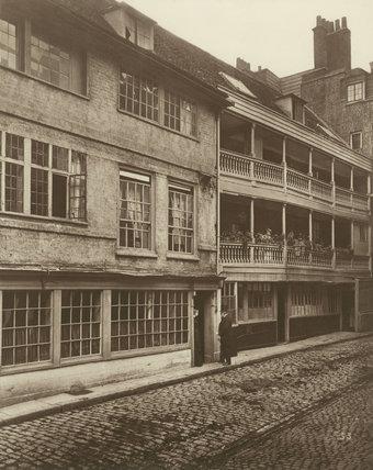George Inn Yard, Southwark: 1881