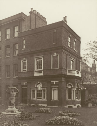 Clement's Inn, the Garden House: 1885