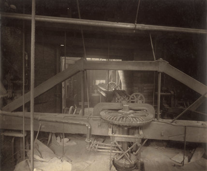 Machinery at Combe & Co.'s Wood Yard Brewery ; c.1875