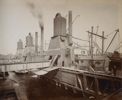 Millwall Dock: c.1920
