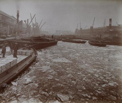 Western Dock frozen over: 1917