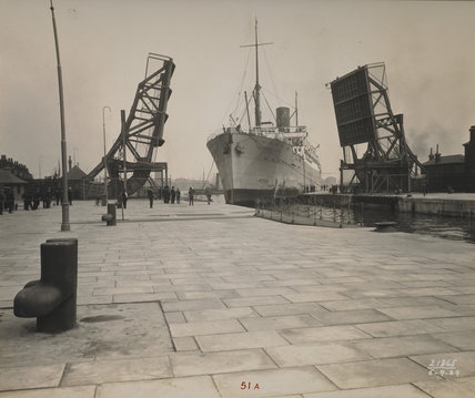 South West India Dock: 1929
