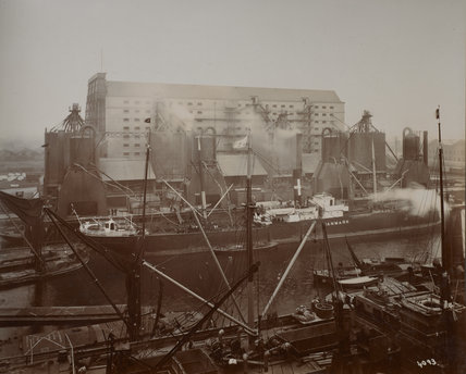Millwall Dock Central Granary: c.1920