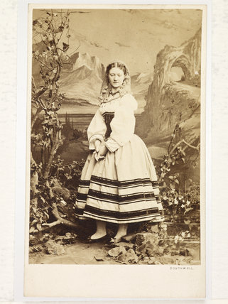 Portrait of actress Kate Terry; 1863