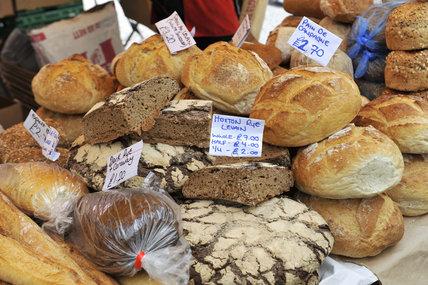 A bread stall on the Portabello Road; 2011