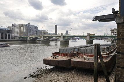 Southwark Bridge; 2010