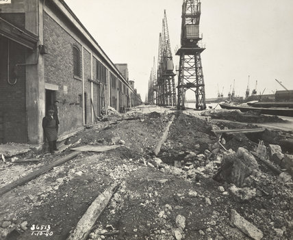 Air raid damage Royal Albert Dock: 1940