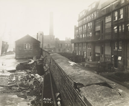 Bomb damage to London Dock: 1940