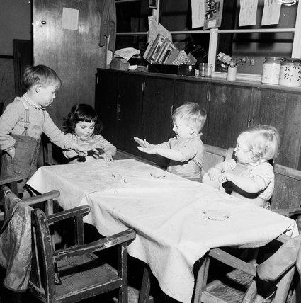 Coram Gardens Day Nursery: 1951