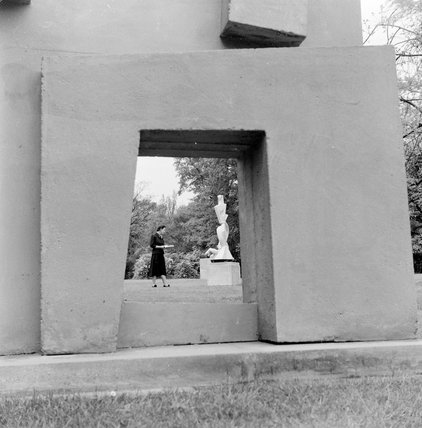 Sculpture exhibition in Holland Park; 1954