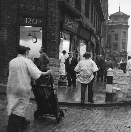 Billingsgate Market porters: 1958